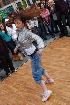 Dancer at Limerick Hiphopjam in skatepark photo by Paul tarpey